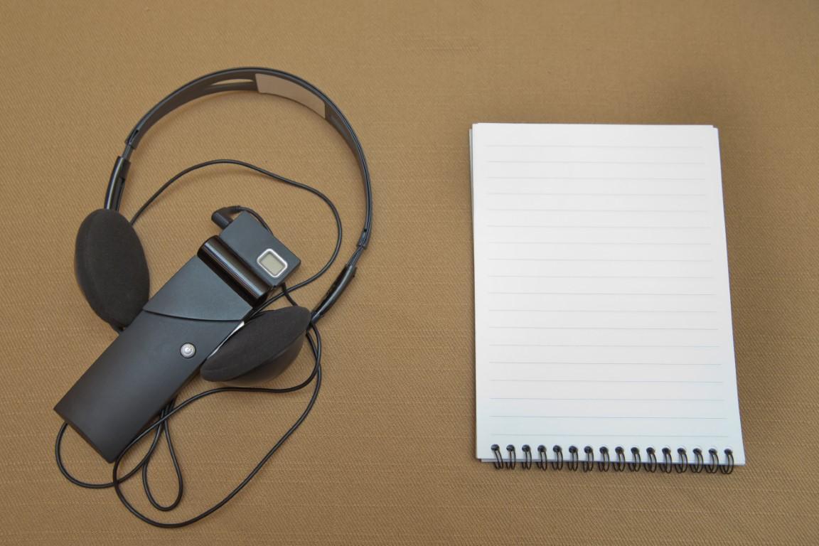 Headphones,Used,For,Simultaneous,Translation,Equipment,Simultaneous,Interpretation,Equipment,.
